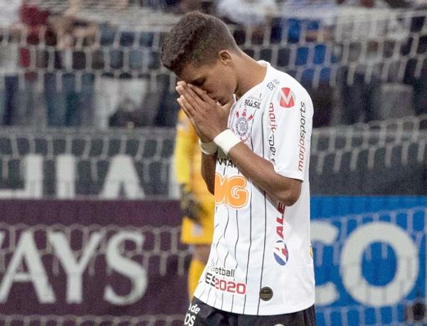 O reserva imediato de Pedrinho no Corinthians é o meia Ramiro. Foto: Daniel Augusto Jr./Agência Corinthians