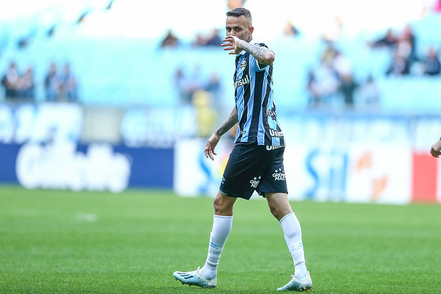 Luan comemora primeiro gol do jogo. Foto: LUCAS UEBEL/GREMIO FBPA