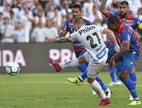 Marinho, Sasha e Jorge marcaram os gols da equipe da casa. Foto: Ivan Storti/Santos FC