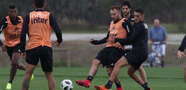 Willian Farias durante treino do São Paulo nos Estados Unidos