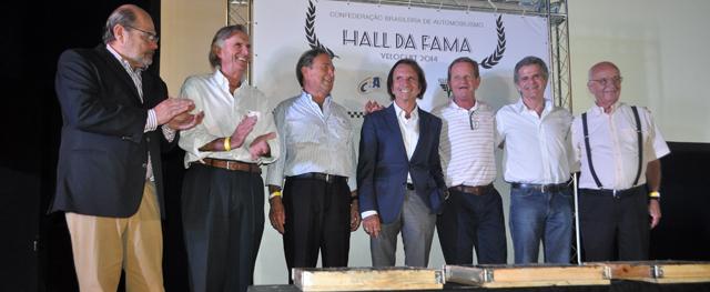 Emoção para os irmãos Fittipaldi, Marinho, Bird Clemente, Ingo Hoffmann e Chico Serra, entre outros, que estiveram no evento