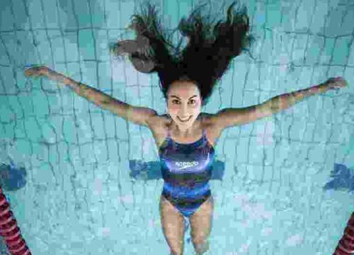 Medalhista olímpica de maratona aquática anunciou a aposentadoria em novembro