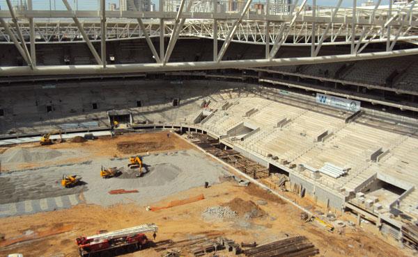 Nova arena palmeirense já conta com o revestimento de inox em sua parte externa com 85% da obra finalizada