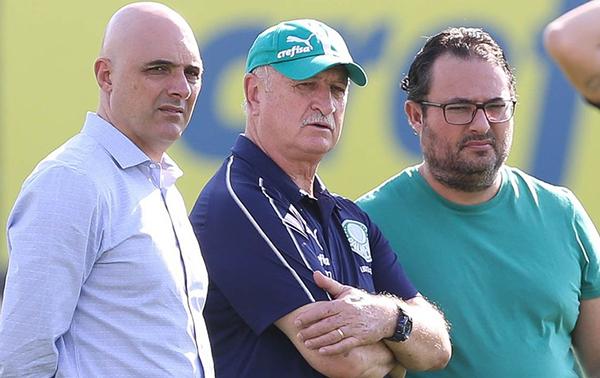 Galiotte, Felipão e Mattos: trio pressionado no Palmeiras. Foto: Divulgação