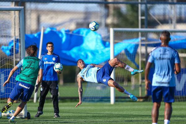 Equipe gaúcha treina no CT Presidente Luiz Carvalho. Foto: Lucas Uebel/Grêmio FBPA