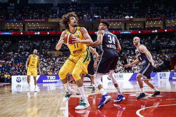 Seleção Brasileira de Basquete bate a Grécia, na Copa do Mundo, e mostra que é possível vencer o melhor da NBA. Foto: Divulgação/CBB