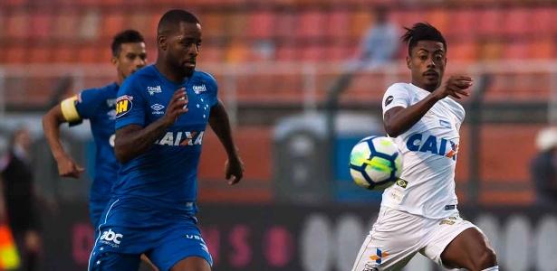 Cruzeiro estuda voltar a fazer contato com o Santos para levar Bruno Henrique. Foto: Ivan Storti/Santos FC