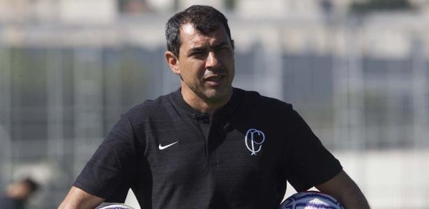 Carille comandou mais um treino nesta sexta de manhã e fez seis mudanças no time. Foto: Daniel Augusto Jr/Ag. Corinthians