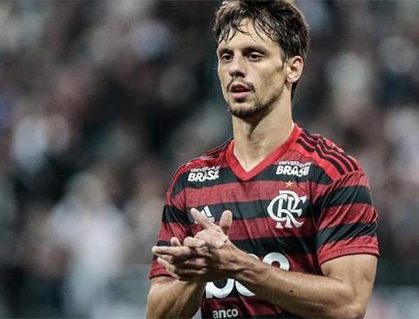 """Zagueiro participou do programa """"Aqui Com Benja"""", da Fox Sports. Foto: Alexandre Vidal/Flamengo"""