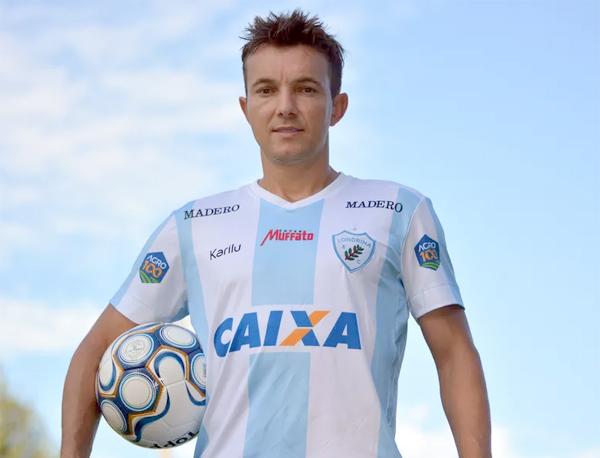 O último clube de Dagoberto foi o Londrina. Foto: Divulgação