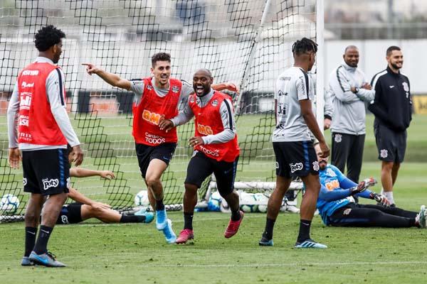 Equipe alvinegra enfrenta o Fluminense em Brasília. Foto: Rodrigo Gazzanel / Agência Corinthians