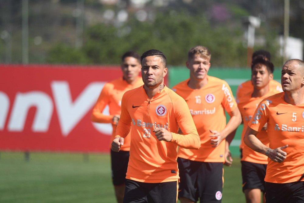 Equipe colorada fez seu último treino no CT Parque Gigante. Foto: Ricardo Duarte/site oficial do Inter