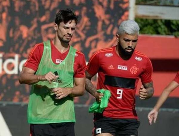 Rodrigo Caio e Gabigol, jogadores convocados por Tite