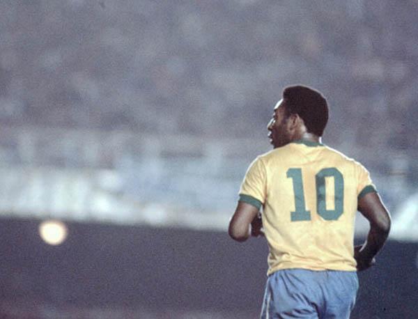 Sumiram os clássicos meias de ligação de qualidade do futebol. Foto: reprodução