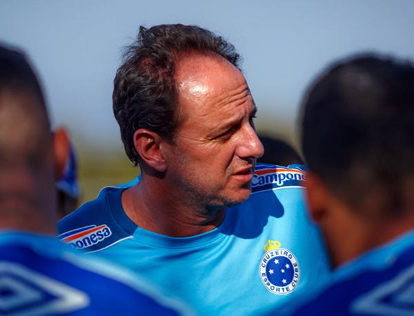 O desentendimento com líderes do elenco da Raposa foi determinante para a queda de Ceni. Foto: Cruzeiro