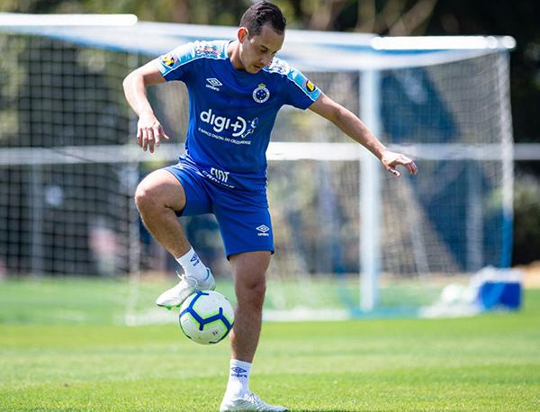 Rodriguinho passará por cirurgia na região lombar e desfalcará o Cruzeiro nos próximos meses (Foto: Vinnicius Silva/Cruzeiro)
