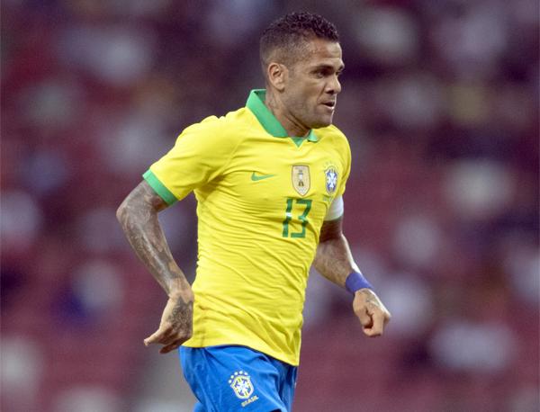 Daniel Alves comentou também a sequência de três jogos sem vitória da seleção. Foto: Lucas Figueiredo/CBF