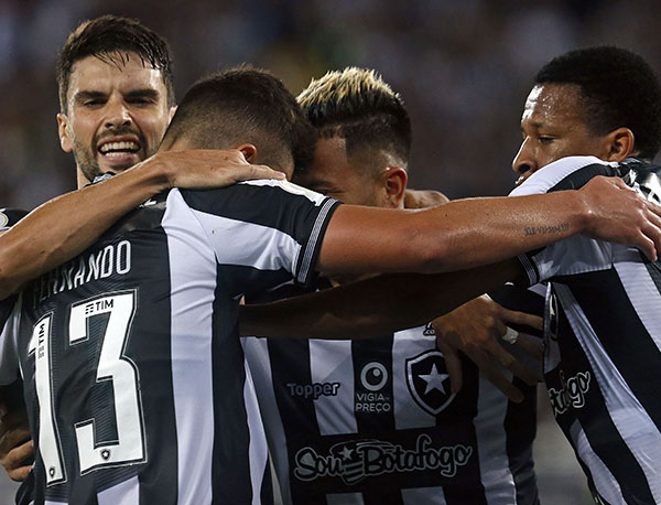 Atletas botafoguenses foram criticados pela ex-presidente do clube Carlos Augusto Montenegro (Foto: Vitor Silva/Botafogo)