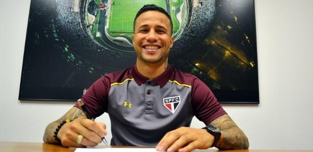 Sem espaço no São Paulo, Bruno está perto de acerto com o Bahia