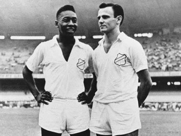 Pelé e Pepe são os dois maiores artilheiros da história do Santos (Foto: Foto: Associação dos Pesquisadores e Historiadores do Santos F.C)