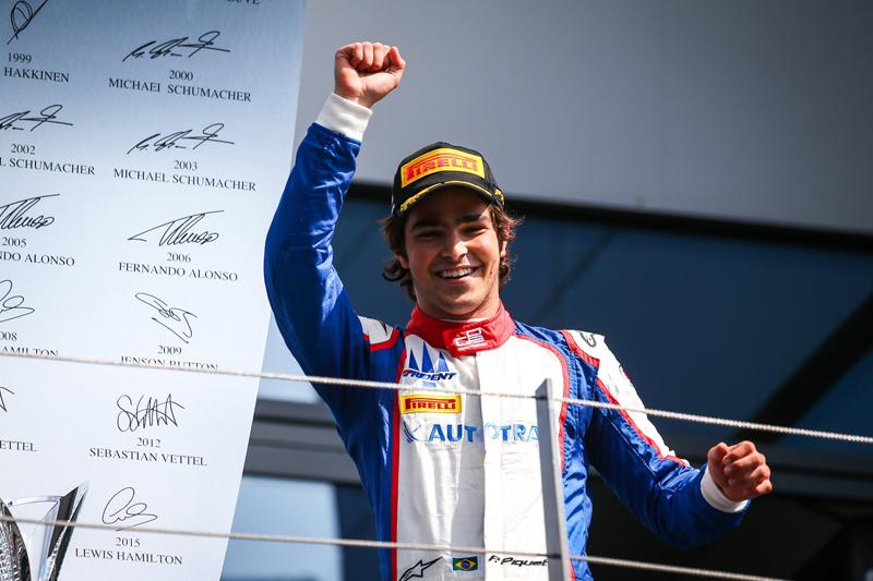 Brasileiro ganhou a segunda bateria em Silverstone. Foto: Divulgação/GP3