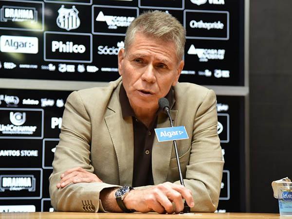 Autuori se mostrou incomodado com erros da gestão santista (Foto: Ivan Storti/Santos FC)
