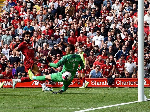 Jornal italiano destaca o interesse da Juve em Salah, Eriksen e Son (Foto: Liverpool/Divulgação)