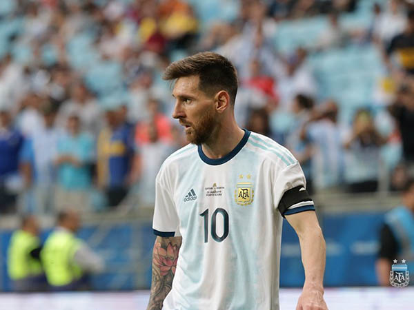 Messi não defende a seleção argentina há três meses (Foto: AFA/Divulgação)