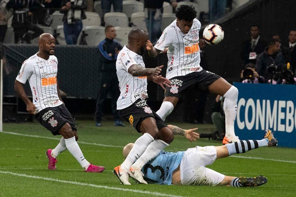 Com problema na coxa, Manoel não enfrenta o Flamengo (Foto: Corinthians/Divulgação)