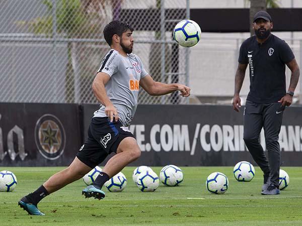 Comandado por Coelho, Timão terá desfalques importantes. Foto: Foto: Daniel Augusto Jr. / Agência Corinthians