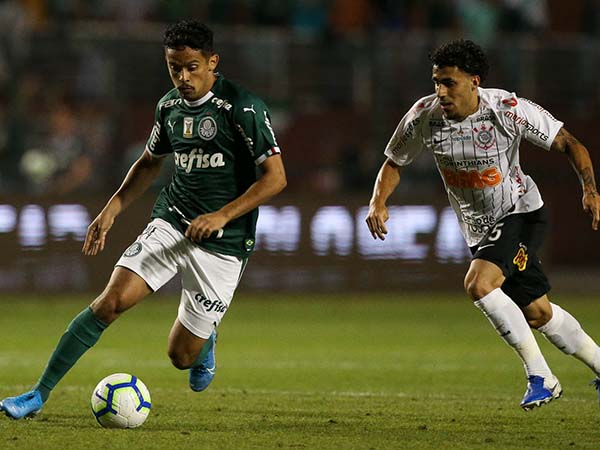 Gustavo Scarpa desperta o interesse do time de Lisboa. Foto: Cesar Greco/Ag Palmeiras/Divulgação
