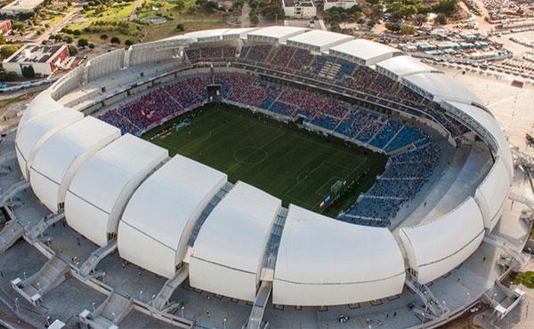 O Campeonato Brasileiro de 2014 começa neste sábado. Além do desfile de jogadores e duelo entre 20 clubes pelo sonhado título, outro fator promete marcar a edição