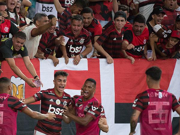 Segundo o The Sun, Arsenal está de olho em Reinier. Foto: Alexandre Vidal & Paula Reis / Flamengo