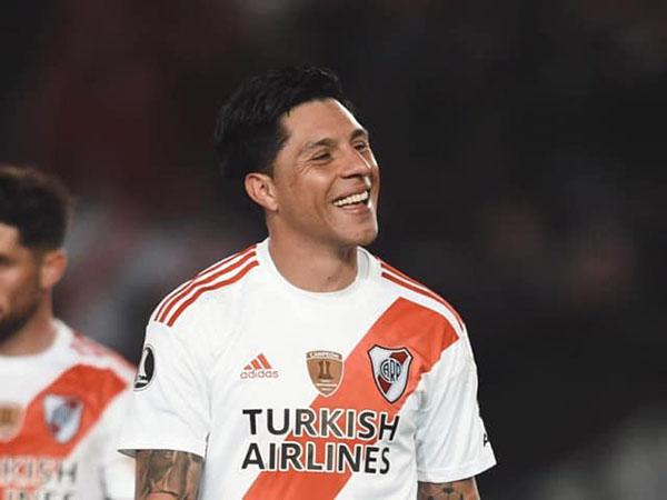 Enzo Pérez treinou normalmente e não deve ser problema para a final da Libertadores. Foto: Facebook/Reprodução