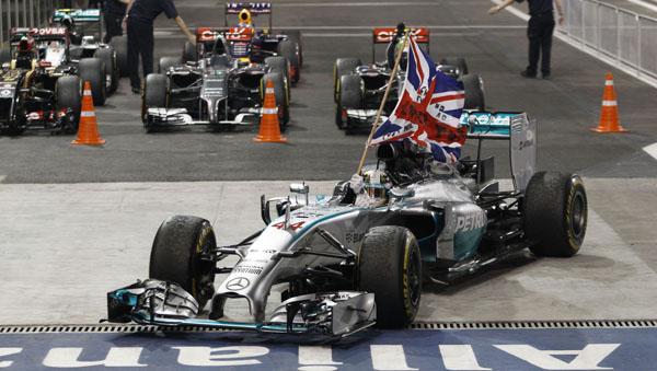 Inglês venceu o GP de Abu Dhabi de 2014. Foto: Divulgação/Mercedes-AMG F1