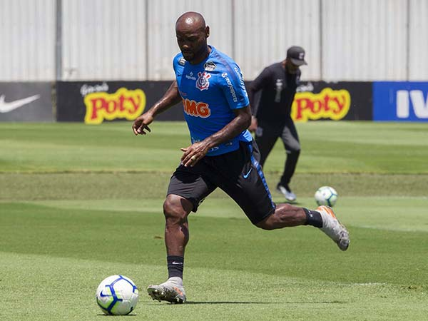 Centroavante corintiano deve fazer seu primeiro jogo sob o comando de Coelho no Corinthians. Foto: Daniel Augusto Jr./Agência Corinthians