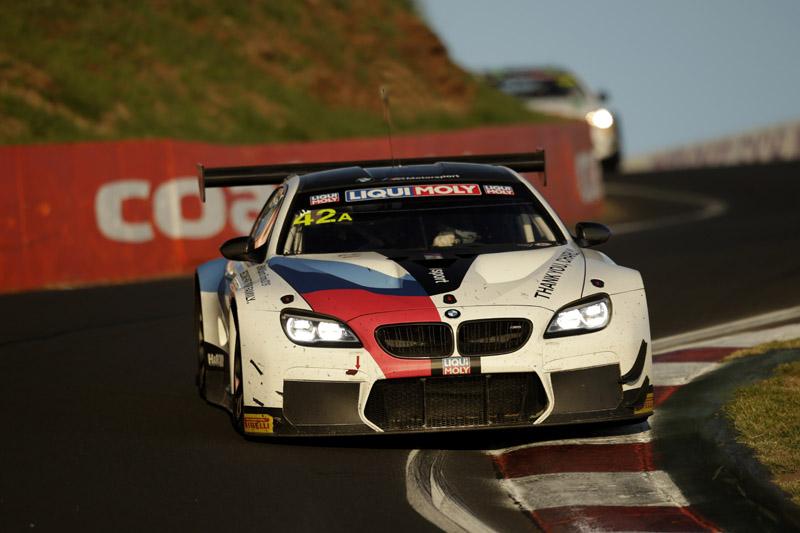 Paranaense chegou a liderar a prova a bordo do BMW M6 GT3. Foto: BMW