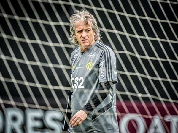 Treinador é um possível substituto de Marcos Silva na equipe inglesa. Foto: Alexandre Vidal / Flamengo