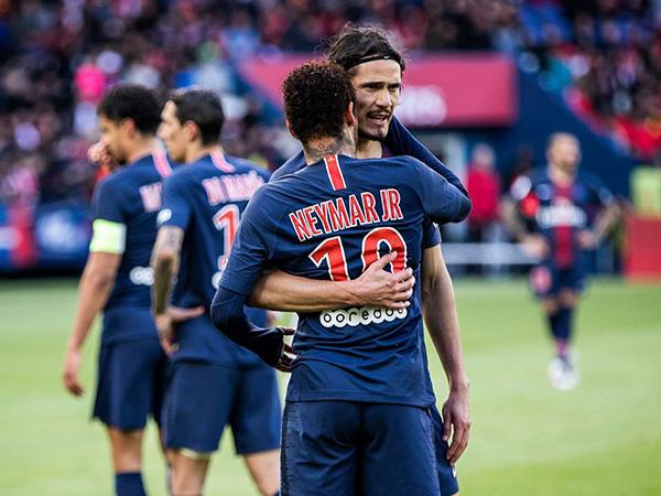 Astros do time francês ficaram na reserva diante do Real Madrid. Foto: Julien Scussel/PSG