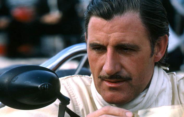 Bicampeão da F1, Inglês conquistou a chamada `Tríplice Coroa´do automobilismo
