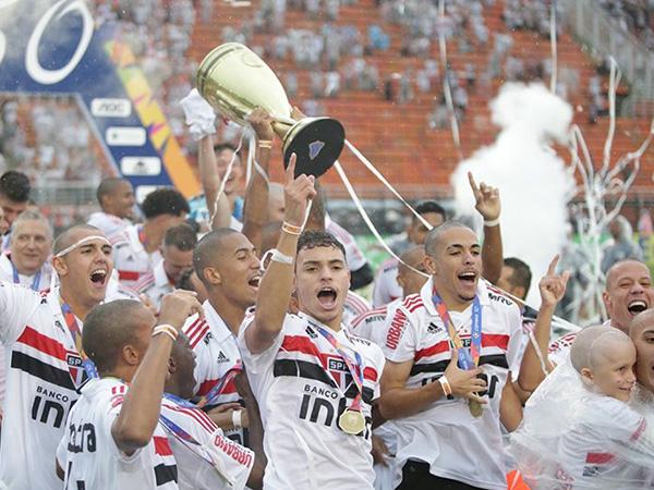 O São Paulo é o atual campeão da Copinha. Foto: Paulo Pinto / saopaulofc.net