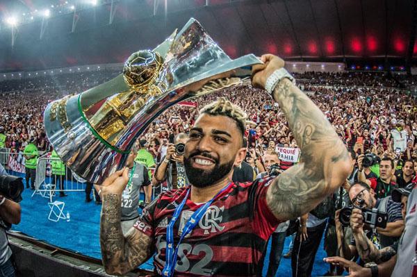 Como os tropeços dos últimos anos forjaram um clube que se preparou para levar o país e a América na bola. Foto: Flamengo/Divulgação