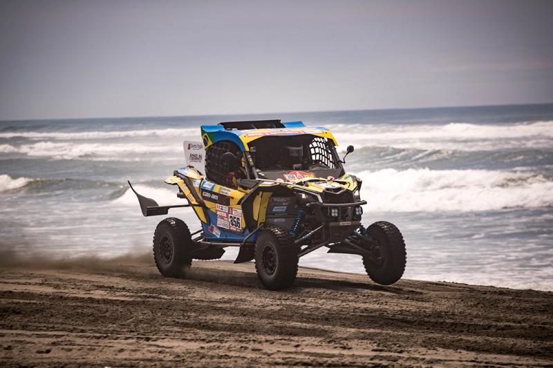 Competição deixou as dunas de San Juan de Marcona e chegou a Arequipa. Foto: Marcelo Machado/photosdakar.com/BRP Brasil/Divulgação