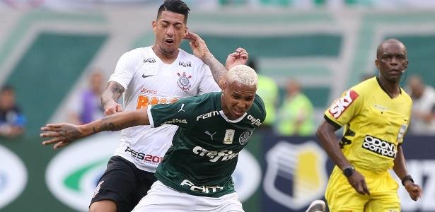 Deyverson foi expulso contra o Corinthians por cuspir em jogador adversário. Foto: Palmeiras/Flickr/Via UOL