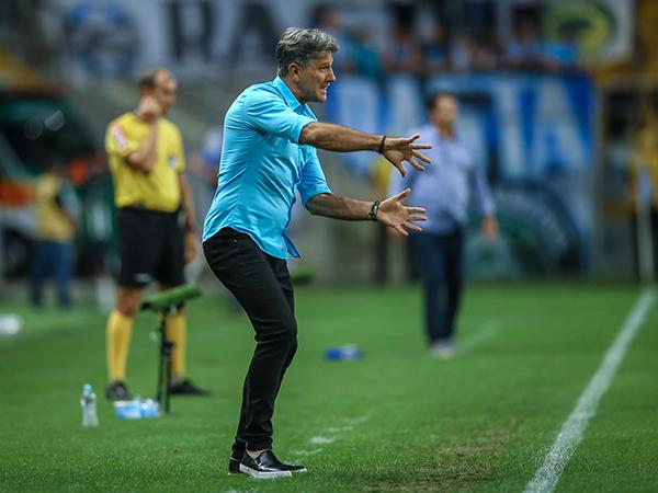 Com contrato até início de janeiro, Renato não definiu seu futuro. Foto: Lucas Uebel/Grêmio FBPA