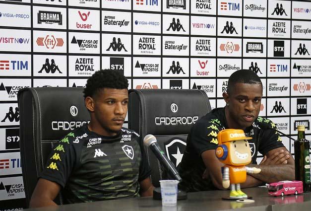 Rhuan e Marcelo falaram da expectativa pela Sul-Americana. Foto: Vitor Silva/Botafogo
