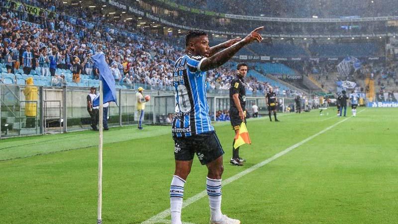 Marinho teve passagem pelo clube gaúcho antes de se transferir para o Santos. Foto: Lucas Uebel/Grêmio