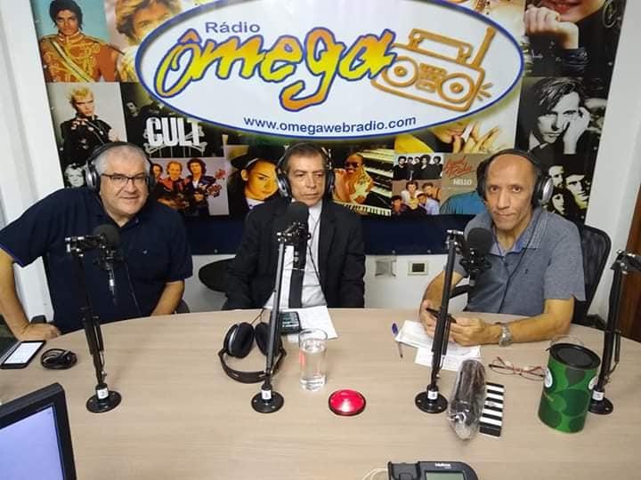 Entrevista aconteceu no programa da Rádio Ômega. Foto: Divulgação