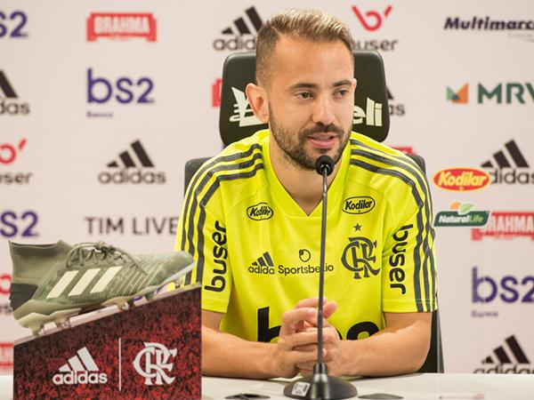 Camisa 7 flamenguista tinha vínculo até 2021. Foto: Alexandre Vidal / Flamengo
