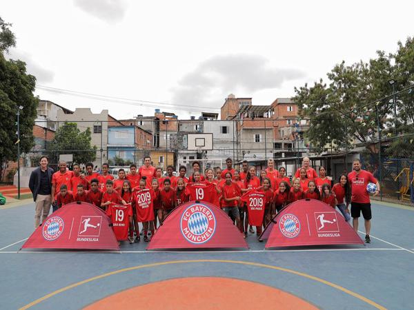 O evento contou com a presença dos ex-jogadores Paulo Sérgio, Lúcio e Klaus Augenthaler. (Foto: Divulgação)
